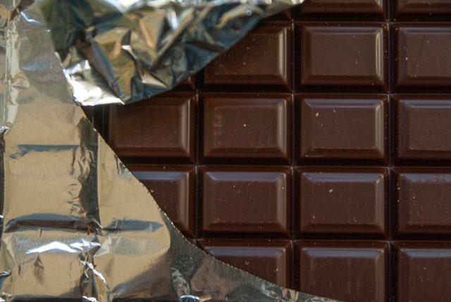 Nie jedzenie czekolady pomaga schudnąć